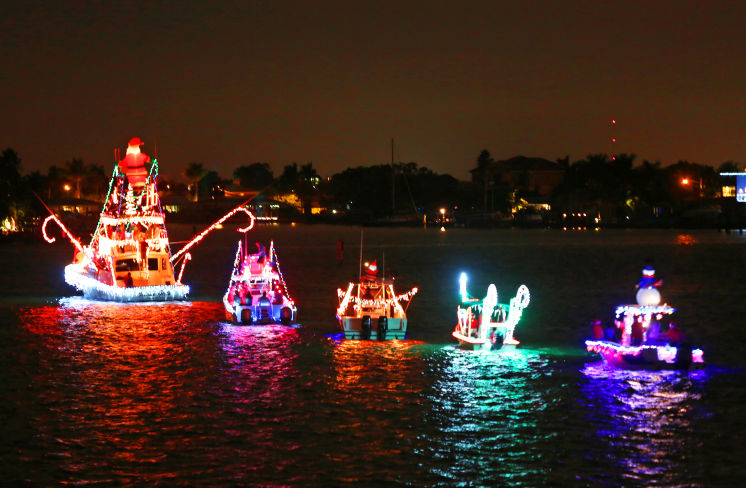 Clearwater Christmas Boat Parade 2019 Paradise News Magazine | Island Estates Yacht Club Holiday Boat Parade