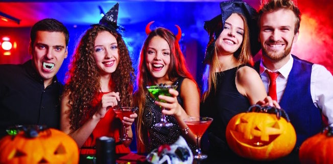 Halloween Event 2020 Paradise Bay Paradise News Magazine | NIGHT OWL: A Night Out in St. Petersburg