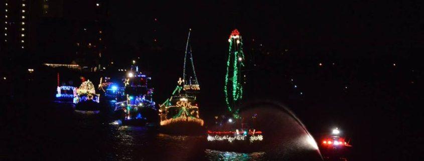 Paradise News Magazine   Indian Shores Holiday Lighted Boat